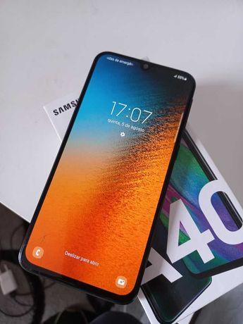 Samsung Galaxy A40. Black Edition