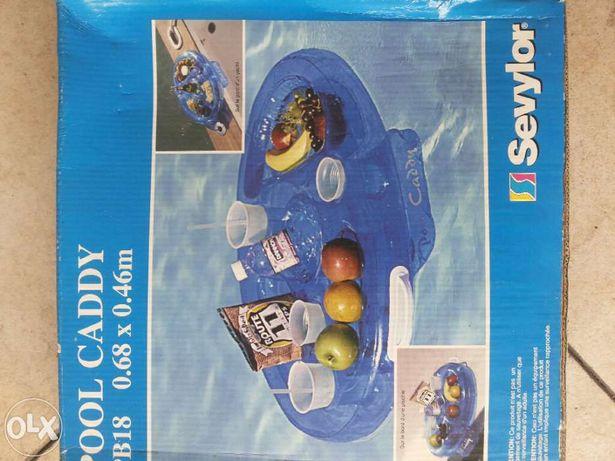 Mesa insuflável para piscina
