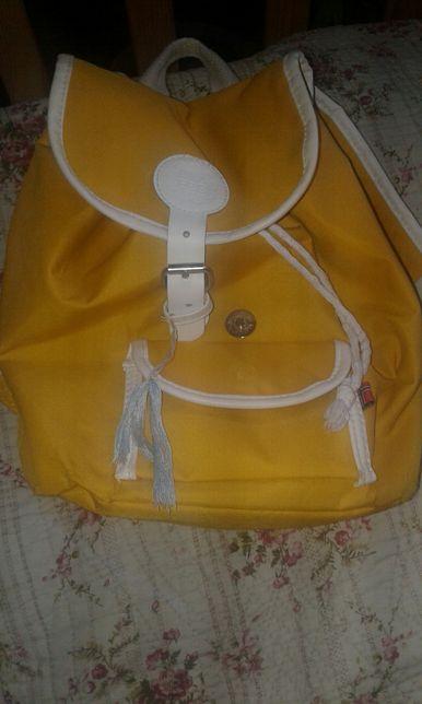 Дитячий рюкзак.