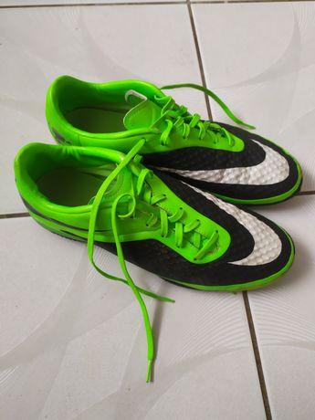 Buty Nike sportowe
