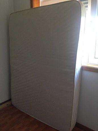 Colchão (usado) 190x140cm
