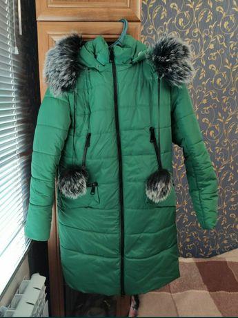 Пуховик зимний зелёный