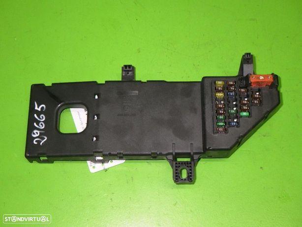 OPEL: 24400590 Caixa de fusíveis OPEL VECTRA C GTS (Z02) 1.8 16V (F68)