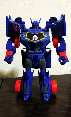 Робот-трансформер Hasbro