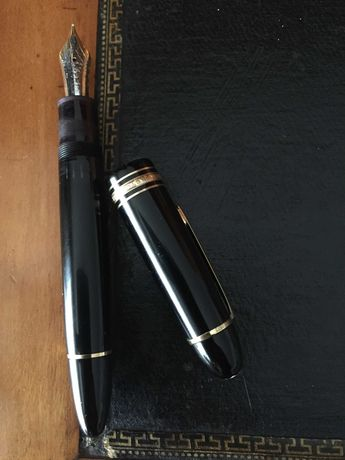 Caneta Montblac Meisterstuck Gold-Coated 149 Fountain Pen