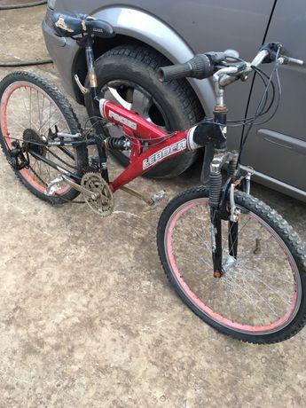 Продам велосипед лидер требующий рук
