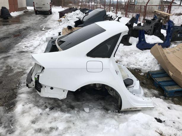AUDI A4 B8 четверть кузова задняя левая правая