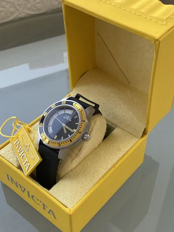 Мужские часы Invicta новые! За полцены!