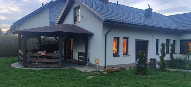 Dom podwójny z użytkowym poddaszem