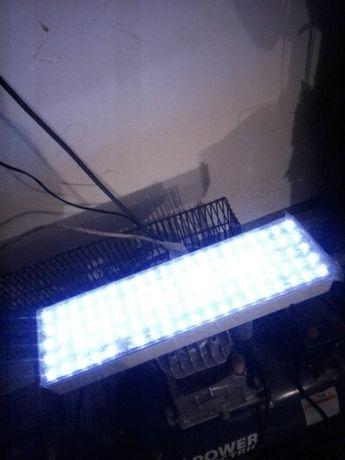 Продам світильник