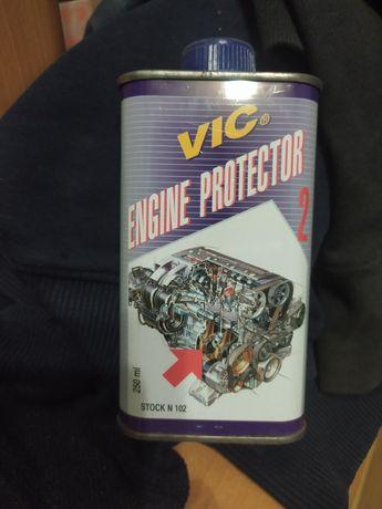 Присадка в масло для защиты двигателя от износа.