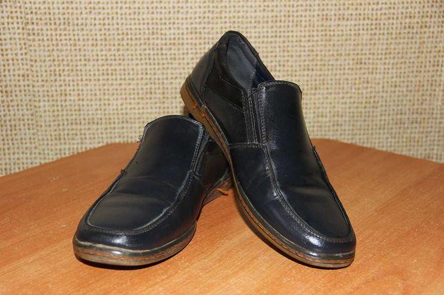 Туфли мужские или на подростка