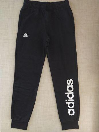 Фирменные спортивные штаны Adidas Оригинал