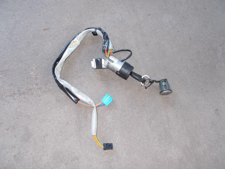 stacyjka wkładka kluczyk CITROEN BERLINGO PEUGEOT PARTNER 2006r