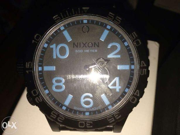 Relógio nixon 52-30 black blue