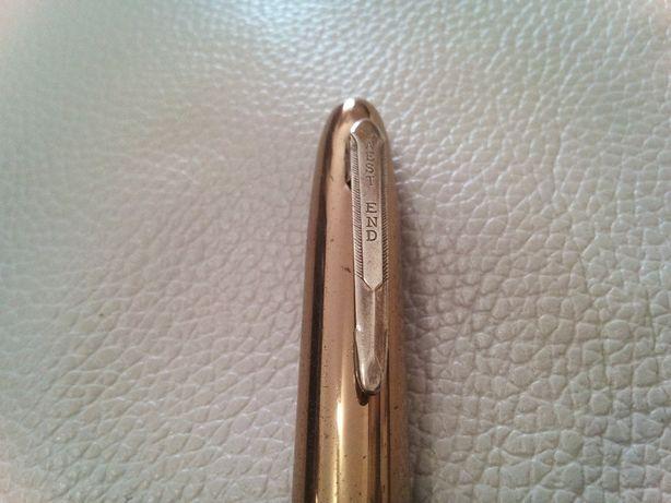 caneta antiga em metal dourada