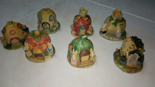 Coleção de casas em cerâmica da série Beatrix Potter