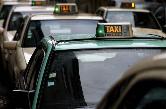 Licença de táxi Abrantes