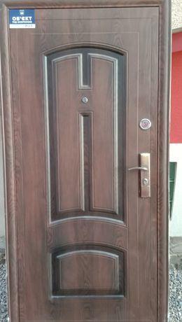 Вхідні двері  не дорог