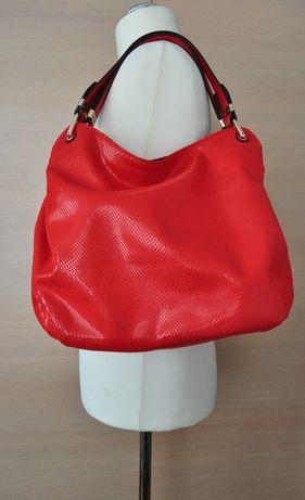 Modna czerwona damska torebka