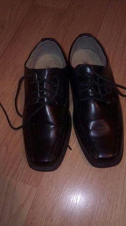 Buty dla chłopca roz 34 oddam