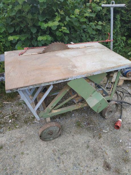 sprzedam piłę krajzega używana do drewna piła jest na siłę na wózku