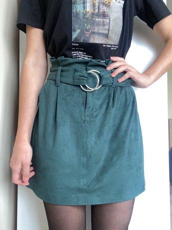 Зелёная юбка Bershka