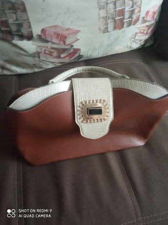 Продам женскую сумку недорого
