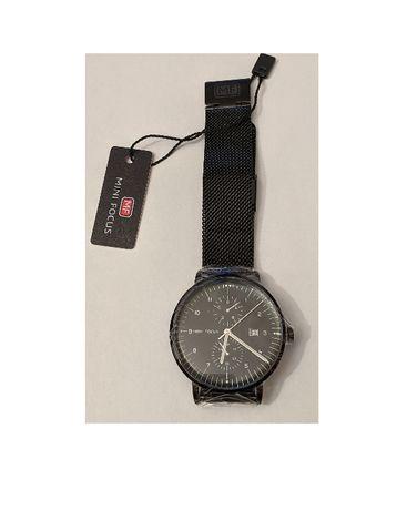 Zegarek naręczny na bransolecie czarny MINI FOCUS minifocus datownik