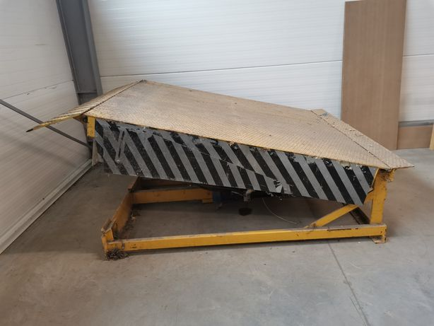 Rampa załadunkowa hydrauliczna najazd podjazd