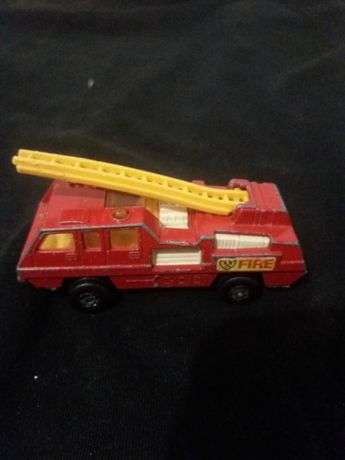 Matchbox Camião bombeiros