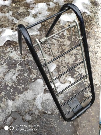 Багажник задний, крылья на 28е колесо. для велосипеда