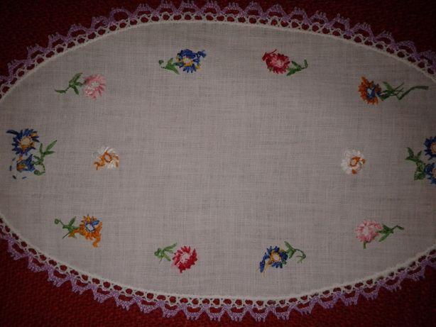 Нежная тонкая салфетка с вышивкой и кружевом, хлопок, 29,5 см х 17,5 с