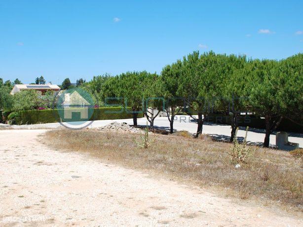 Terreno perto do Parque Natural da Costa Vicentina, com 1...
