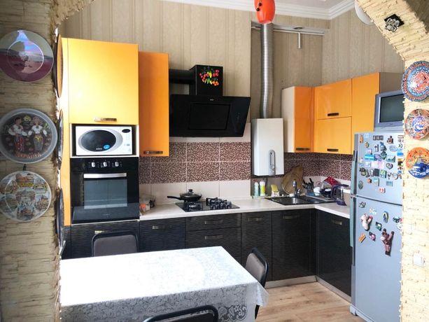 2 ком. квартира 68 кв м с ремонтом в центре города ул. Ленина