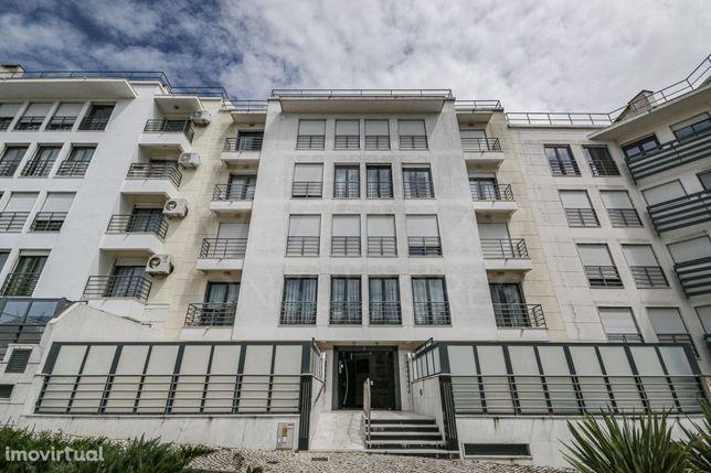 Apartamento T2 - Urbanização Alto da Mira