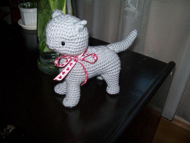 Kotek szydełkowy