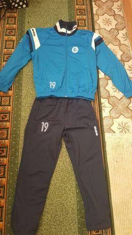 Продам фірмовий спортивний костюм Errea як nike