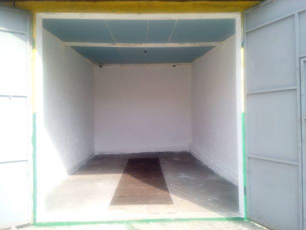 Продам  (от 6м х 4м и больше) гараж Львовское шоссе 14-В