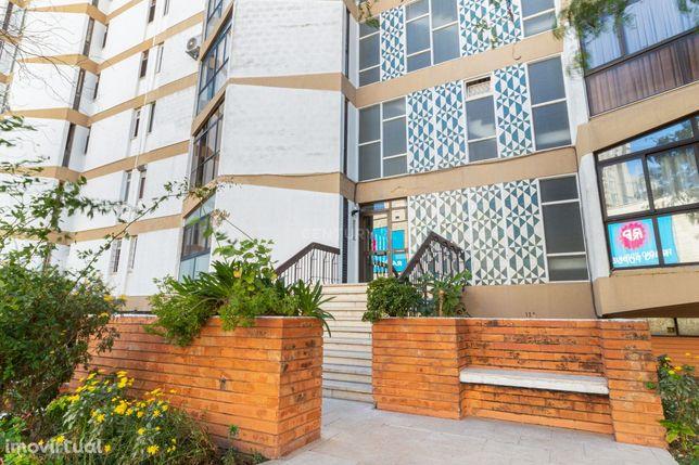 T4 Apartamento na Freguesia dos Olivais (Lisboa) - Rua Cidade Bolama