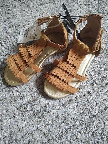 H&M letnie sandałki nowe z metką frędzle 17 cm 27