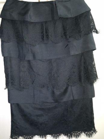 Elegancka wizytowa czarna spódnica MATTONI z koronką