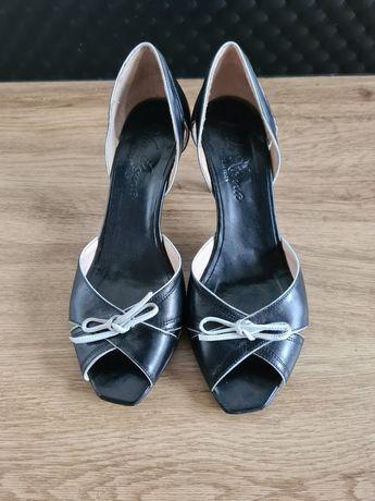 Super wygodne buty na obcasie, skórzane, odkryty palec r.36