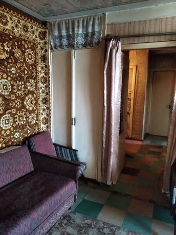 Продам квартиру 4-х комнатную в районе Фестивальная.Тел.-0721313925