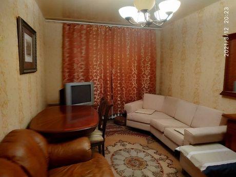 Продам 2к квартиру, ул. Уманская 45. Караваевы дачи
