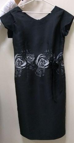 Czarna sukienka róże wesele sylwester karnawał chrzciny 40