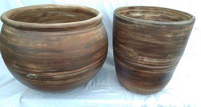Цветочные горшки из глины больших размеров ( 1000 литров) 40 грн./л