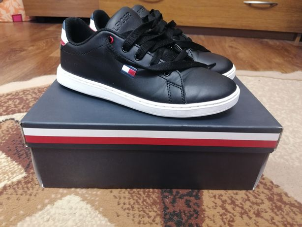 Крутые туфли/кроссовки для стильного парня Tommy Hilfiger 37р. (24см)