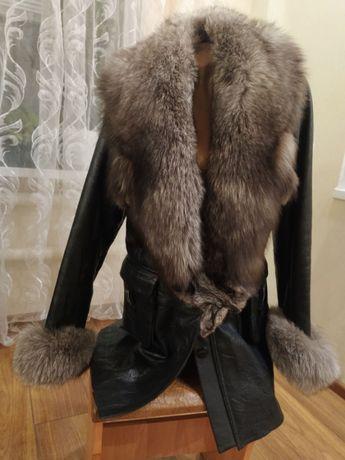 Удлиненная куртка б\у кожаная натуральная в идеальном состоянии
