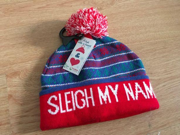 Новогодняя шапка Sleigh my Name +на зиму